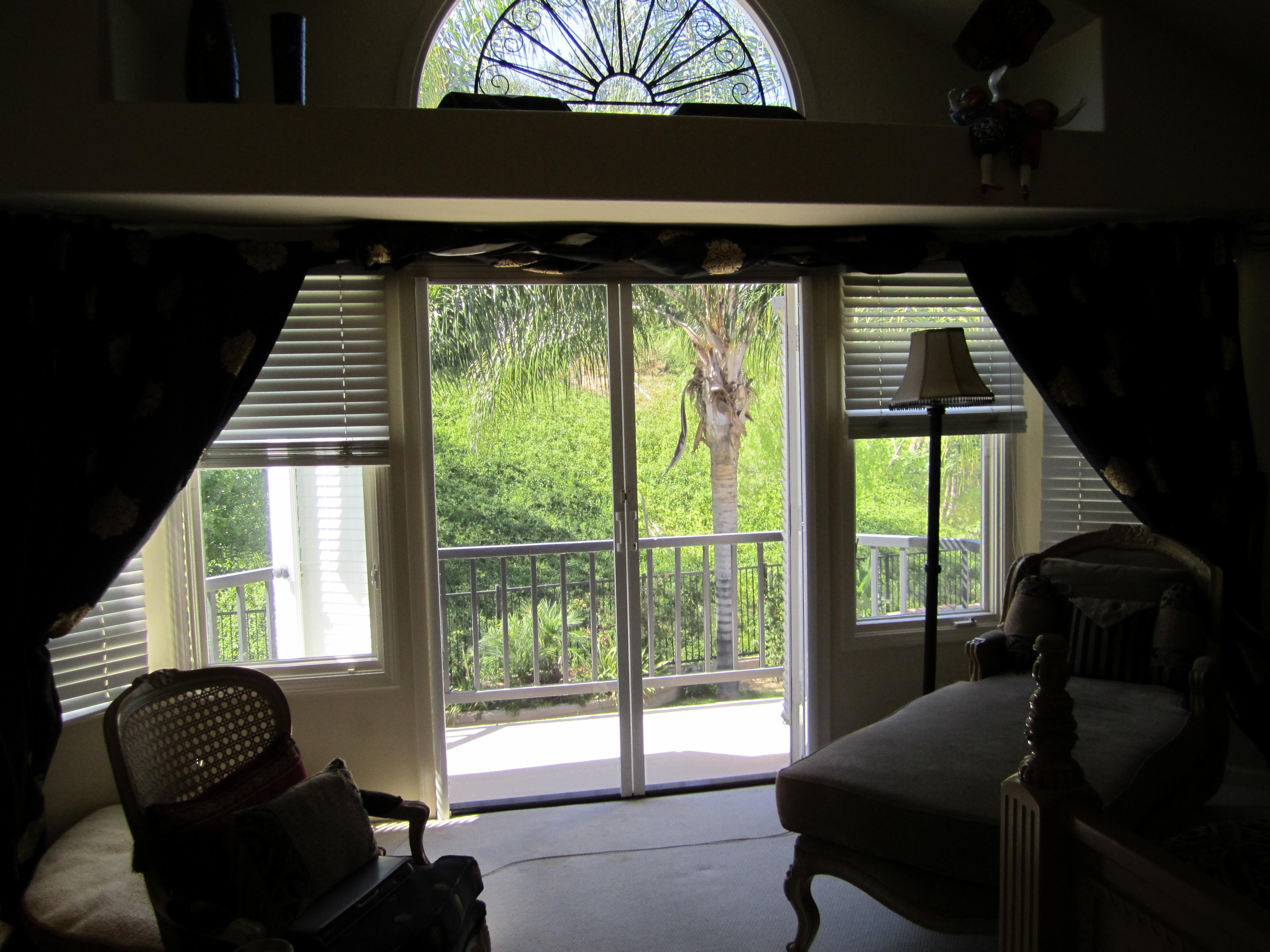 Screen Doors in Woodland Hills