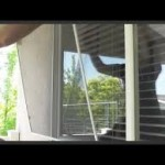 Removing a window screen