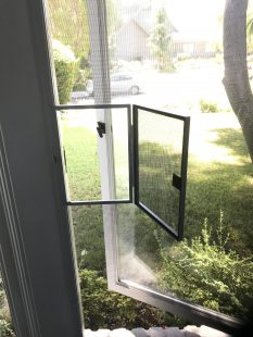 Window Screens With Wickets