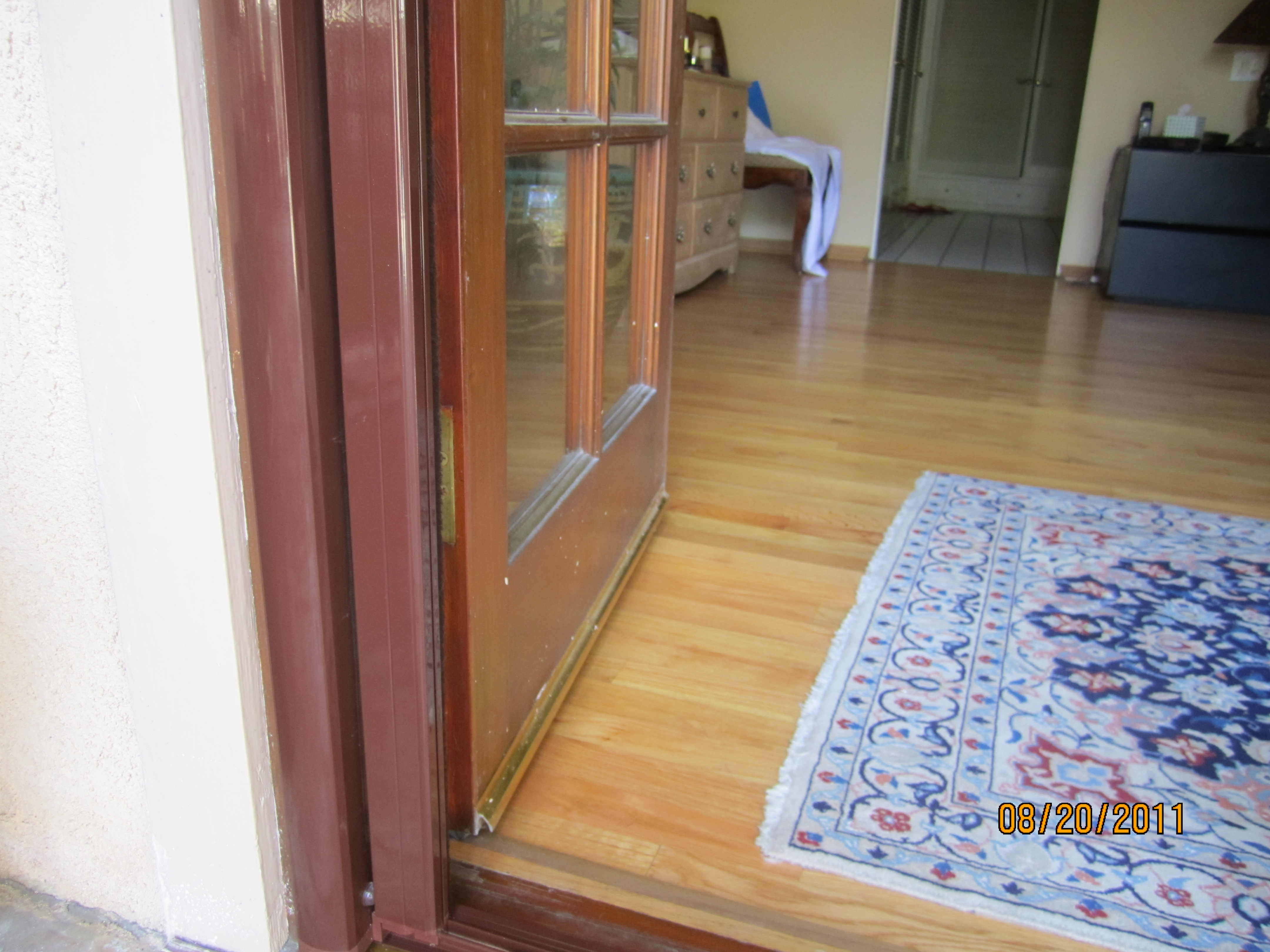 Oak Park Retractable Screen Door