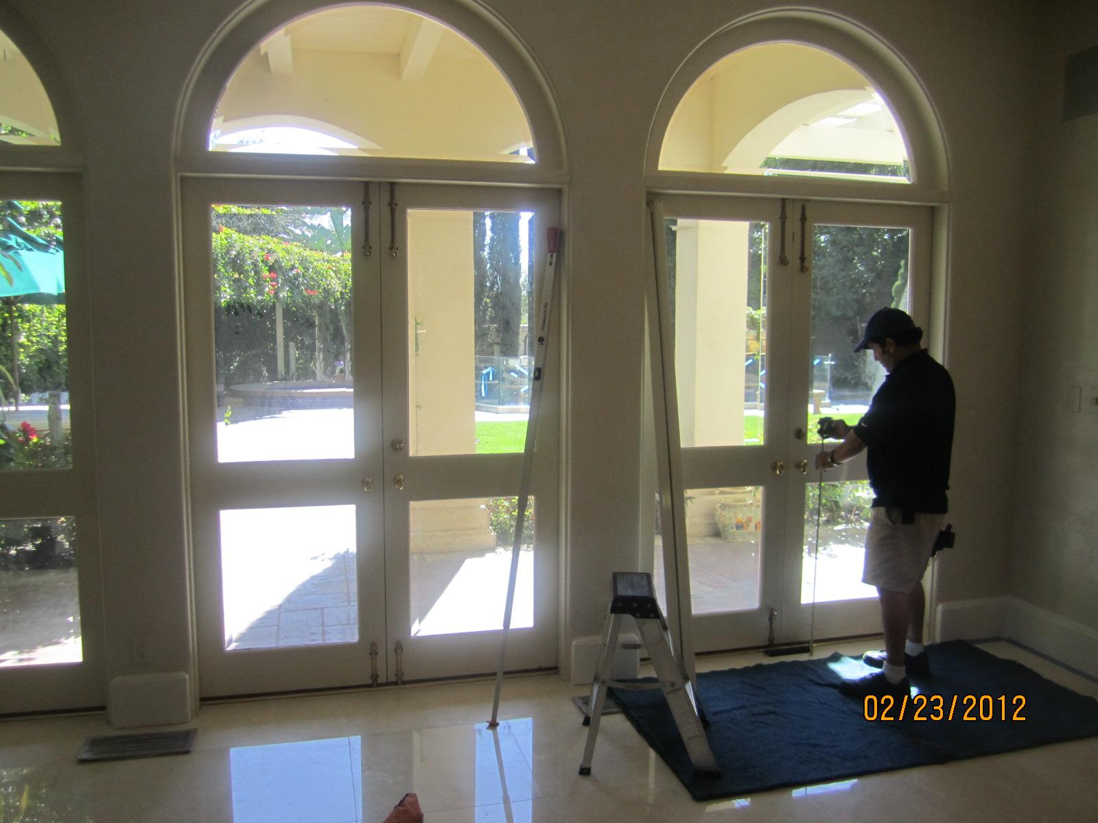 Retractable Screen Doors in Bell Air