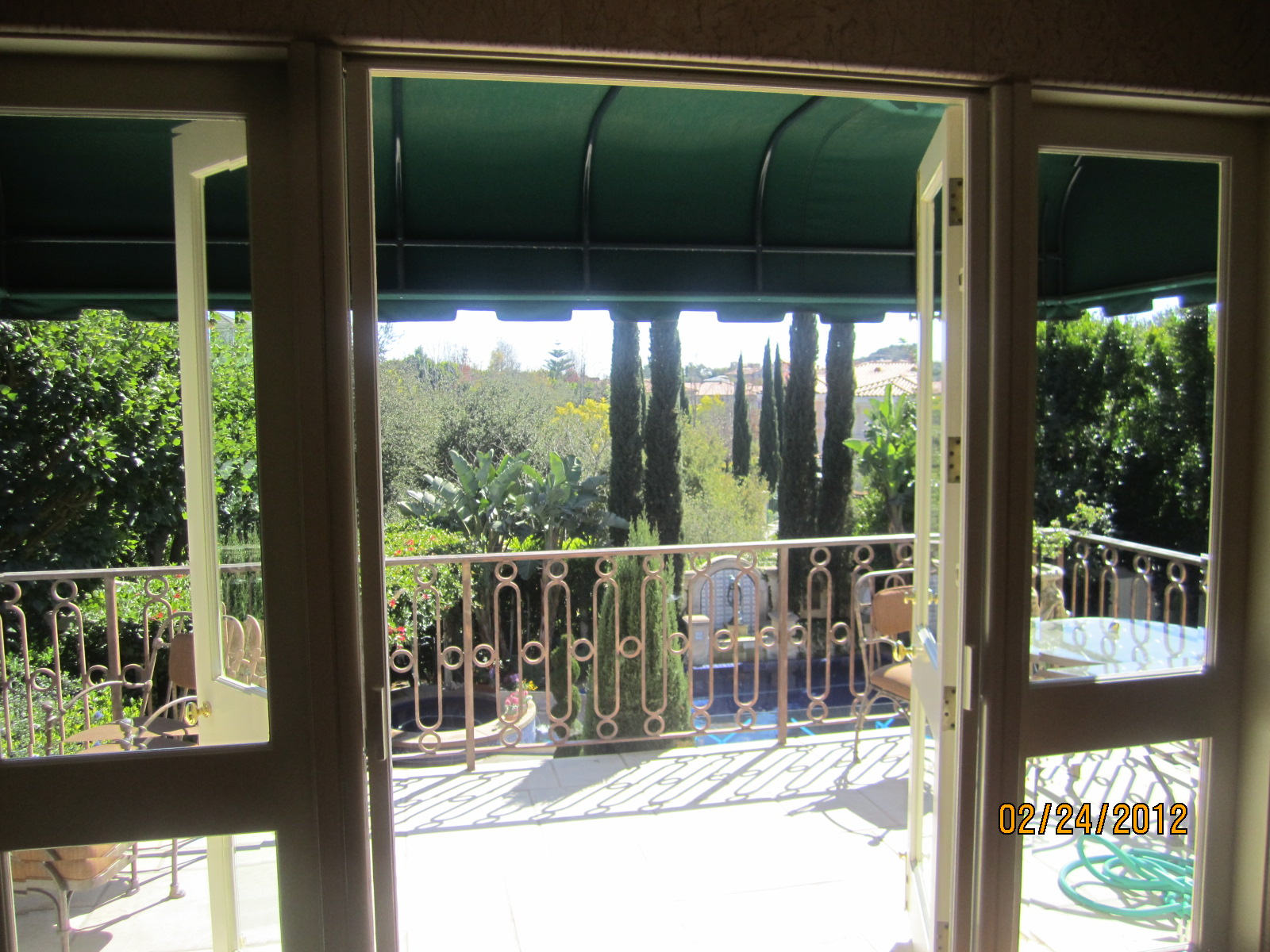 Hide away Screen Doors in Bell Air