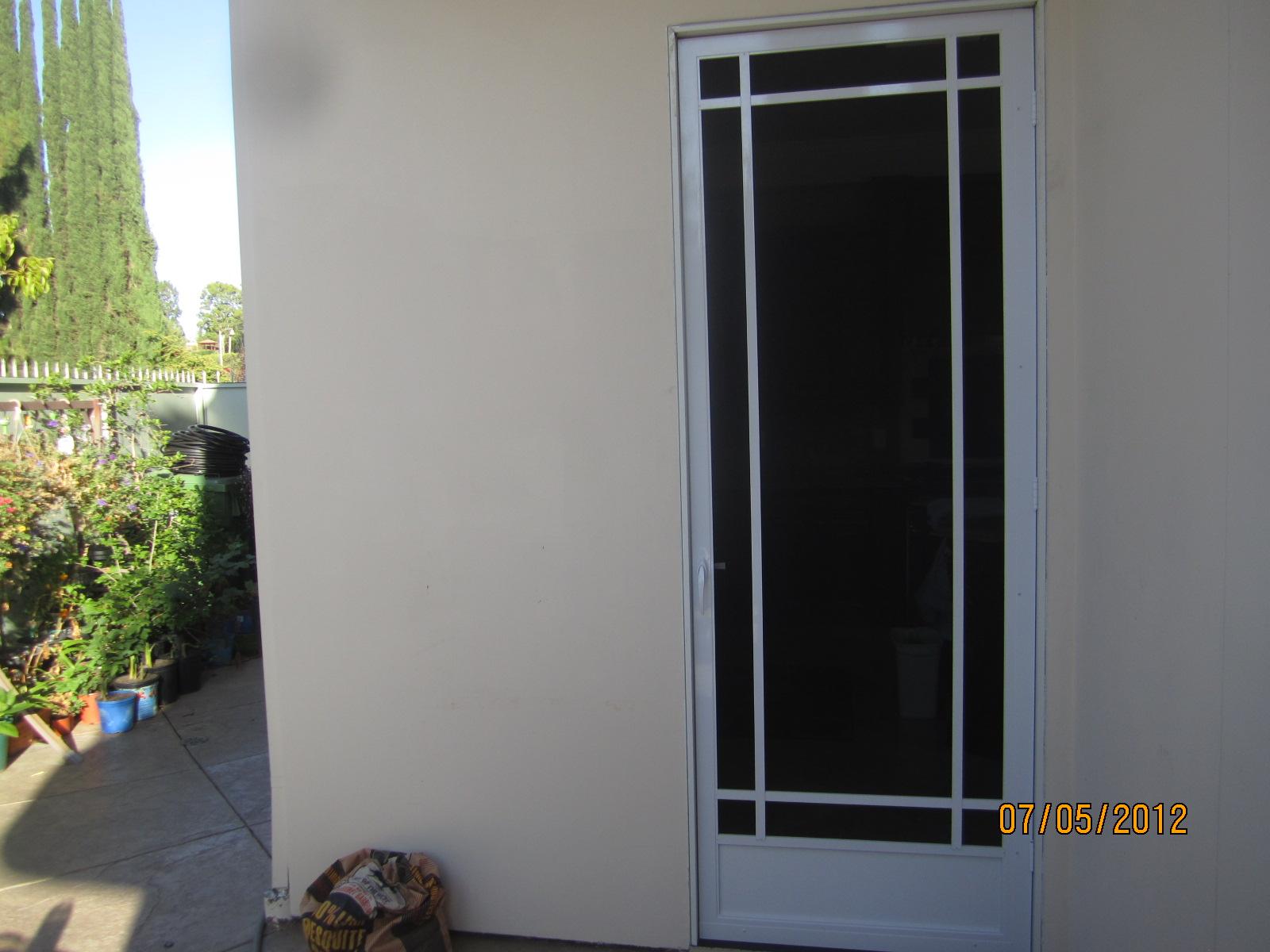Swinging Screen Doors in Northridge