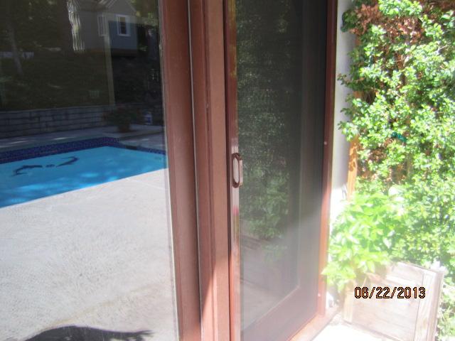 Rollaway Screnn Doors in Northridge