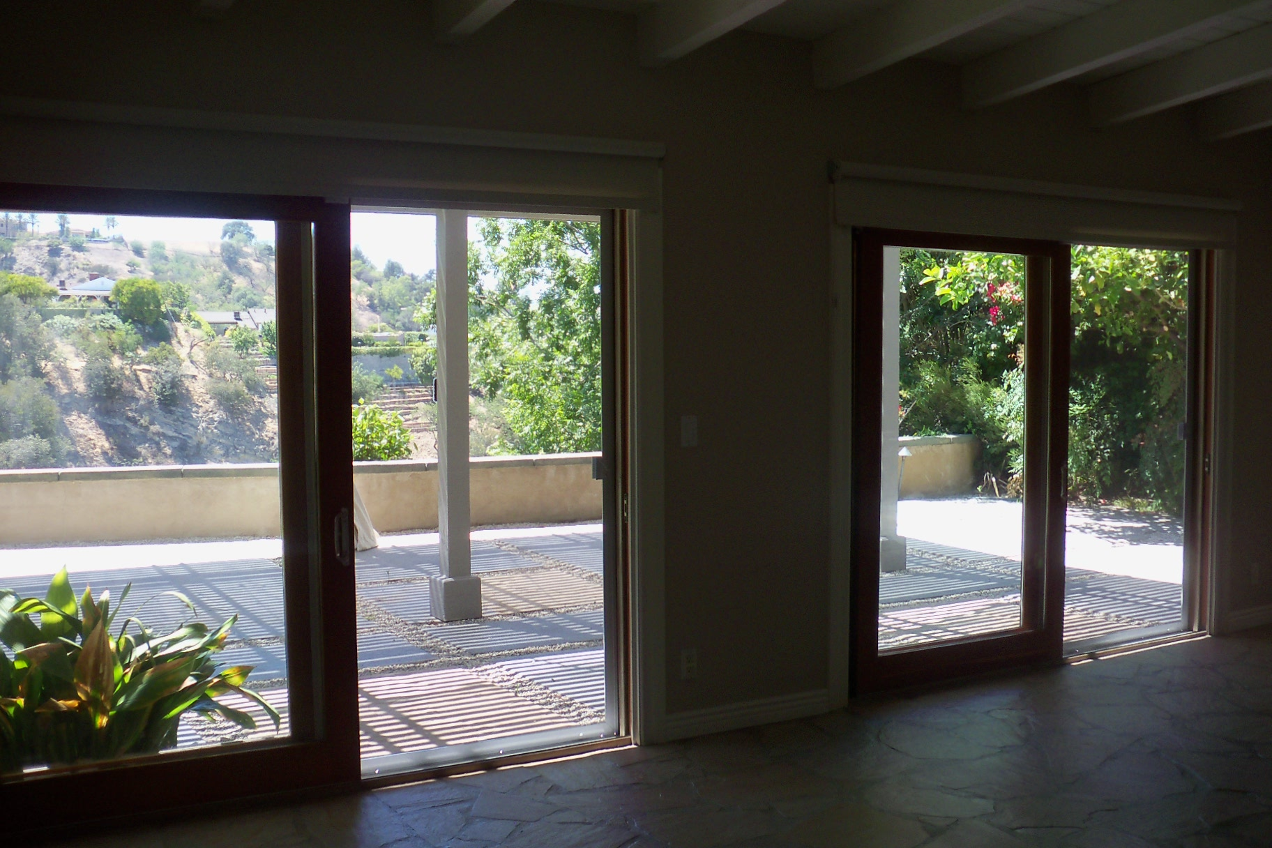 Extruded heavy duty Mobile Screen Service installing Screen Doors in Studio City Door in Studio City