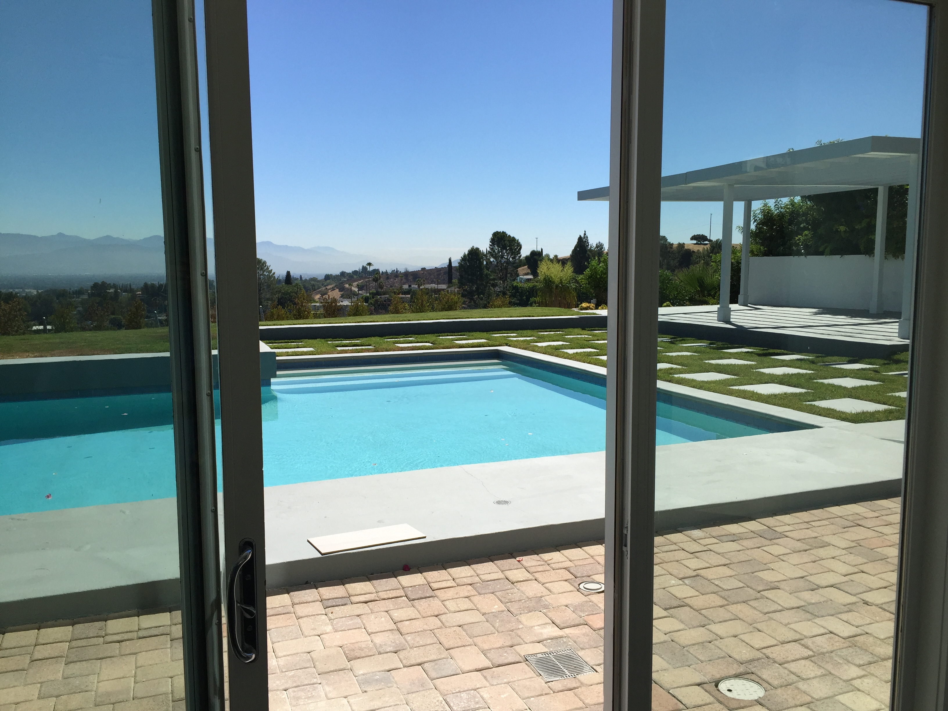 Window Screen Replacement in San Fernando Valley